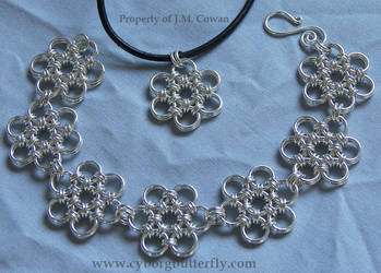 Japanese Flower Chain Set by cyborgbutterfly