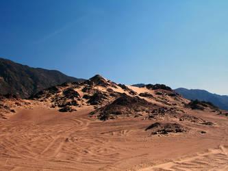 Sinai Desert by LostCommando