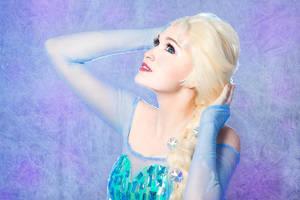 Queen Elsa 7 by Usagi-Tsukino-krv