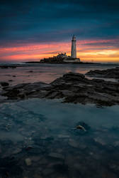 St Mary's lighthouse sunrise by AngiWallace