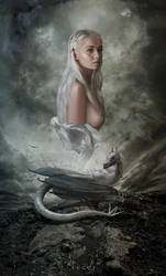 Mother of Dragons by nazflo2007