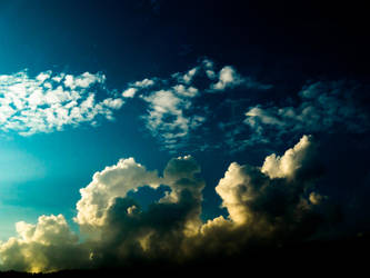 The Great Clouds by vjun