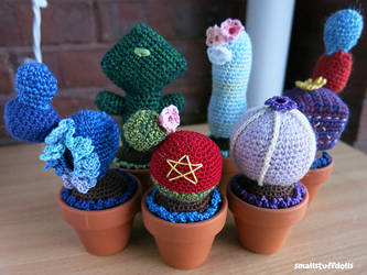 Gem-inspired Cacti Family by TheSmall-Stuff