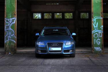 Audi A6 by Skanatiker