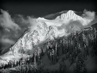 Mount Shuksan BW by CezarMart