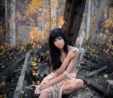 Sonya - autumn by photoport