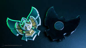 League of Legends Platinum Badge Magnet by blackmaskedfox