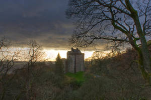 Castle Gloom by cthonus
