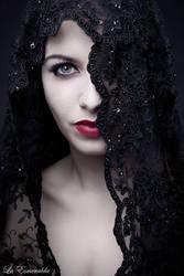 Black Widow by la-esmeralda
