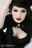 Deadly Nightshade by la-esmeralda