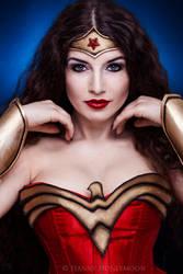 Wonder Woman by la-esmeralda