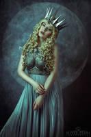 Moon Princess by la-esmeralda