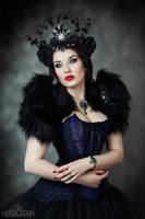 Gothic Queen II by la-esmeralda