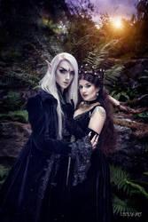 Oberon and Titania by la-esmeralda