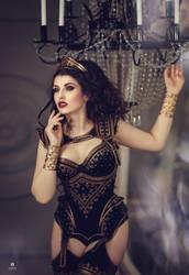 Royal Black by la-esmeralda