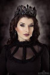 Black Hearted by la-esmeralda