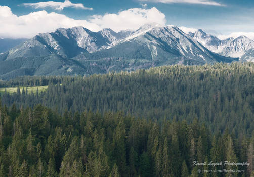 Morning mountains by vertiser