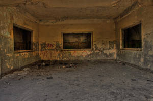 abandonned HQ 02 by gd08