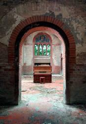Piano by peroxyacetone