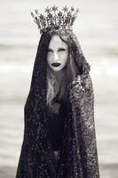 Vampiress by DmajicPhotography