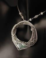 O necklace by IMNIUM