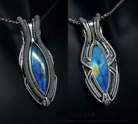 Reversible labradorite pendant by IMNIUM