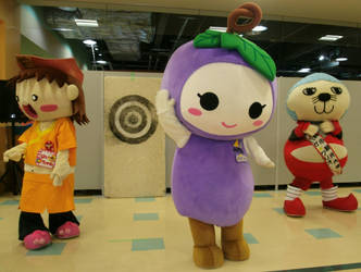 Haiku-chan and Budorin and Iga Gurio 3 by yellowmocha