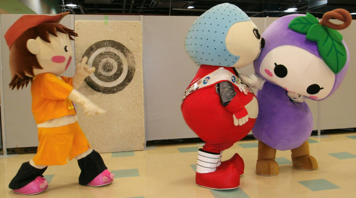 Haiku-chan and Iga Gurio and Budorin 6 by yellowmocha
