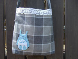 Small Totoro handbag by yael360