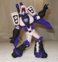 Needle-Felted TFA Blitzwing by GlassCamel