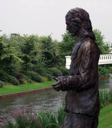 Statue. by stupler