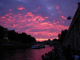 The Seine at sunset by zda369