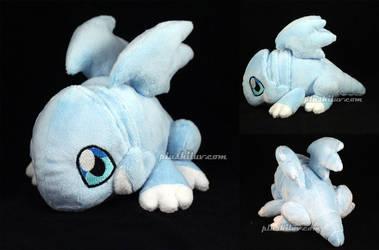 Blue Eyes White Dragon by MagnaStorm