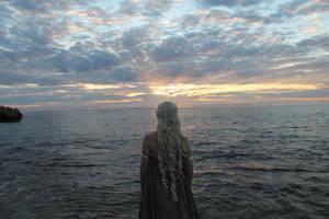 Daenerys by fiery-dragon