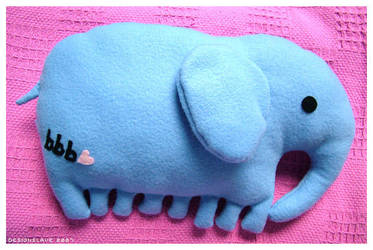 Commission : Elephant pillow by designslave