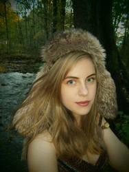 Autumn elf by Vinterperle