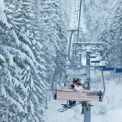 Snowboard and ski by Khomenko