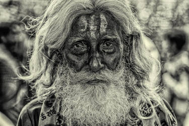 Sadhu portrait BW by BaciuC