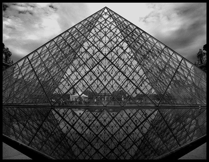 Louvre by OnkelGonzo