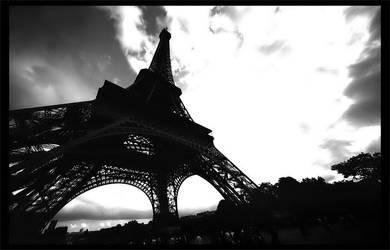 Tour Eiffel II by OnkelGonzo