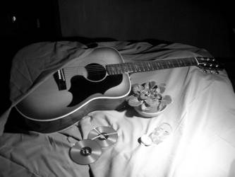 BW Guitar by Chicken008
