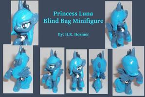 Luna Blind Bag S1 by Gryphyn-Bloodheart