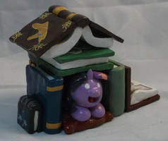 Book Fort Painted by Gryphyn-Bloodheart