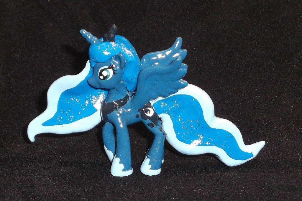 Blindbag Princess Luna S2 V2 by Gryphyn-Bloodheart