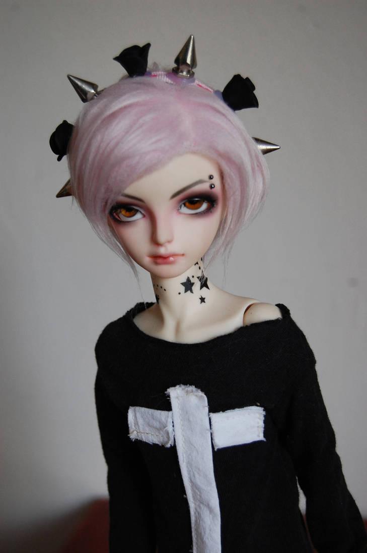 Pastel goth by Kuzle51