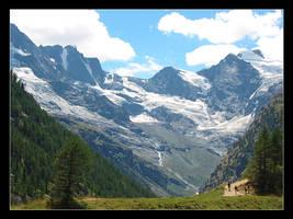Mountains by Tuinhek