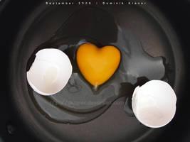 heart-shaped egg by dkraner