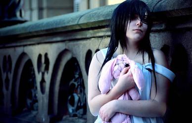 Little Creepy Girl by kiimii-chan