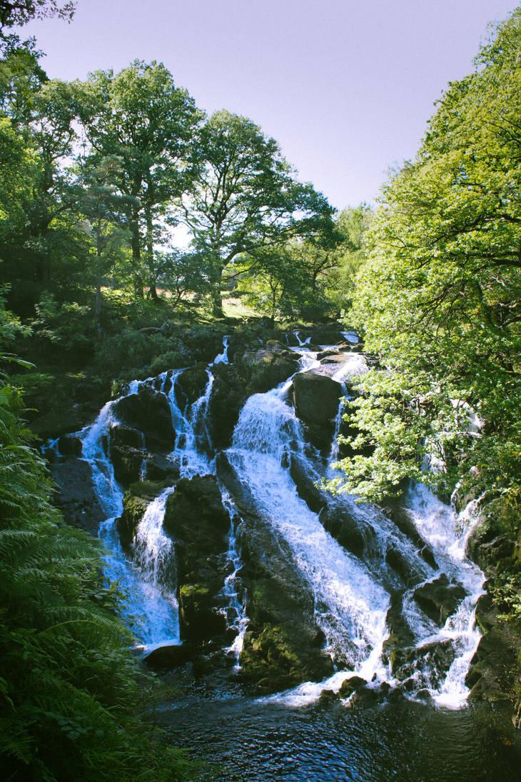 Swallow Falls by potadohs