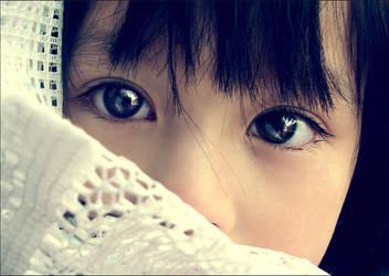 Telescope Eyes by Nhung